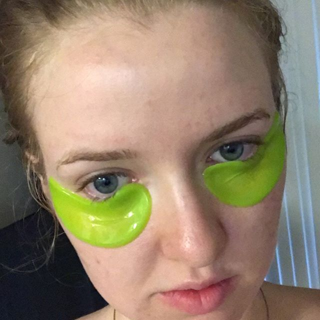100 pure bright eyes mask review