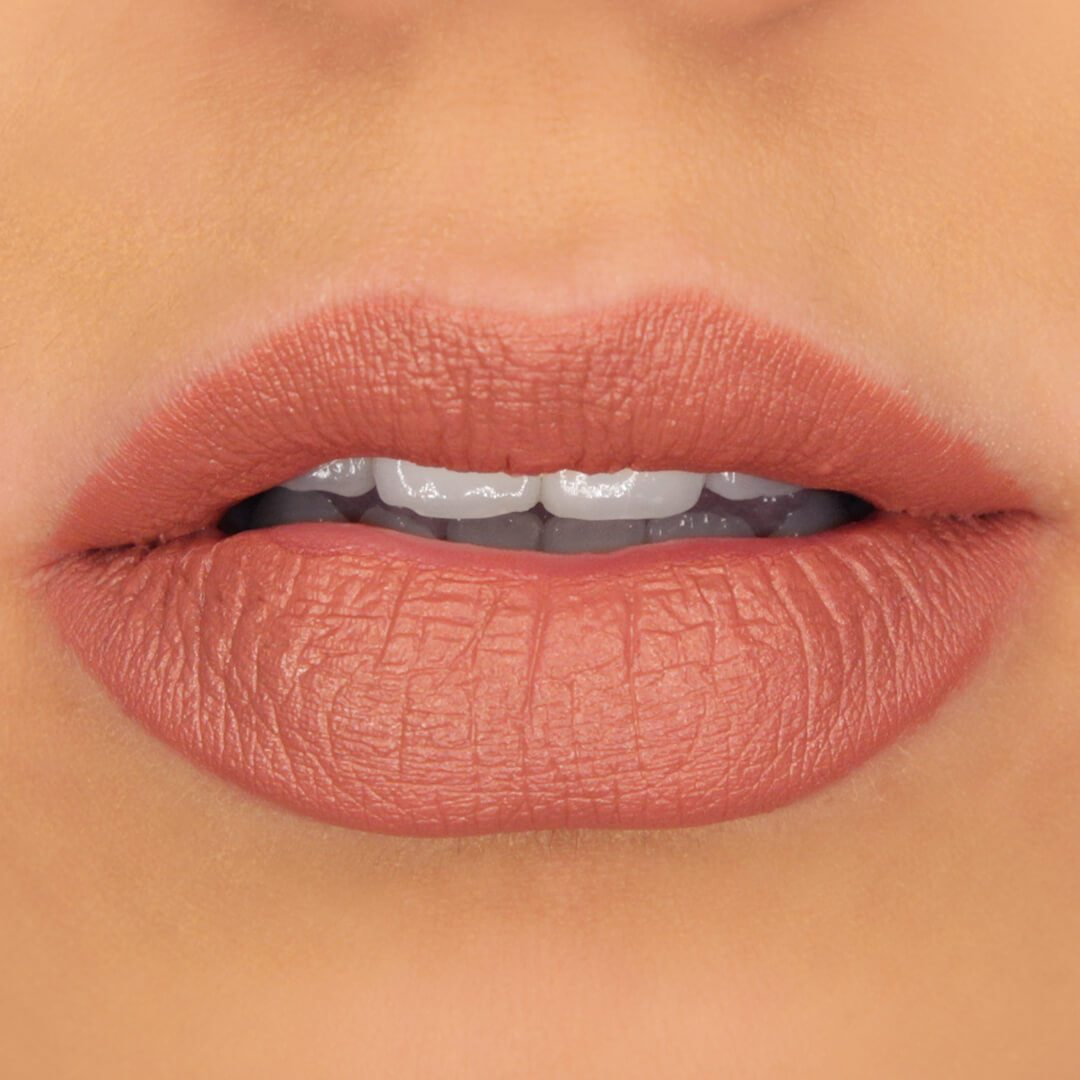 Cocoa_Butter_Matte_Lipstick_Sahara_on_Lips